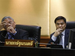 Abhisit Vejjajiva and Suthep Thaugsuban during a no-confidence vote at the Parliament in Bangkok June 2, 2010